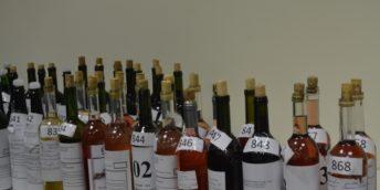 """La CCI a RM s-a desfășurat etapa republicană a Concursului pentru cel mai bun vin de casă """"Polobocul de aur"""""""