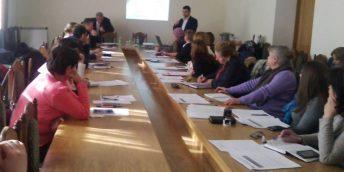 """La Hîncești s-a desfășurat seminarul """"Alimentaţia publică şi legislaţia în vigoare"""""""