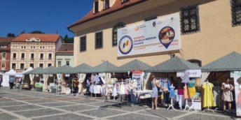 """A fost inaugurată cea de-a II-a ediție a Expoziției """"Republica Moldova Prezintă"""" la Brașov, România"""